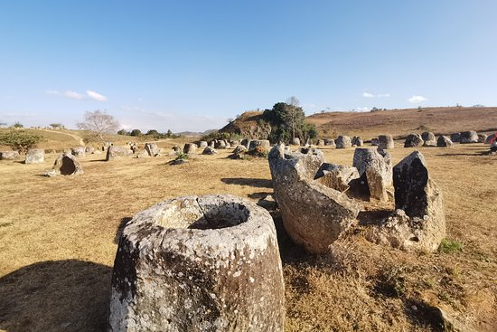 Plain of jars Tour with English speaking driver