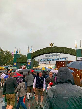 Oktoberfest turné med reserverade platser i tält Tripadvisor