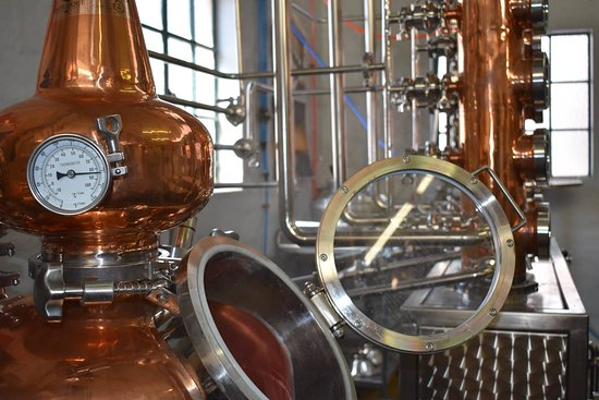 Centurion, Južna Afrika: Distillique not only offer Distillation Knowledge, Training and Experiences, but also Fermentation and Distillation Equipment and Consumables for the Hobby or Professional Distiller. See our products at https://distillique.co.za/Shop/167-products