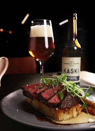 Grilled beef sirloin with smoked bock beer