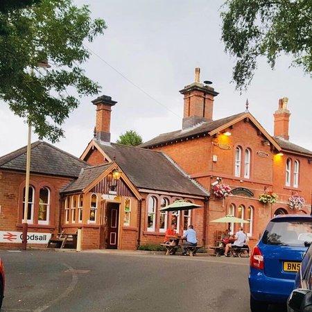 Codsall, UK: 🚂