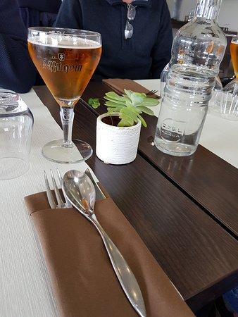 Table et couverts