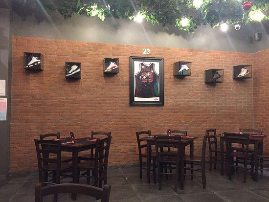 Black Soul - American Steakhouse & Music Bar