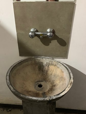 Spa sink - would you wash your hands here?
