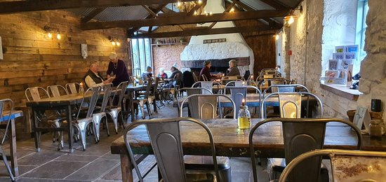 Medieval family home and the Cattle Shed's Fish & Chips. Fantastic !!! 👍👍👍💞