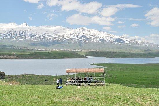 阿帕蘭水庫I Aghavno山頂| Tukh Manouk和聖保羅和彼得教堂