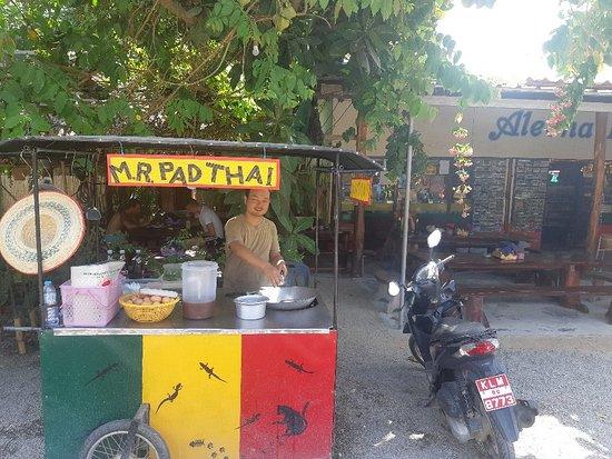 Mr. Pad Thai