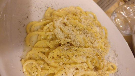 Cena completa da Cacio e Pepe: dall'antipasto al dolce