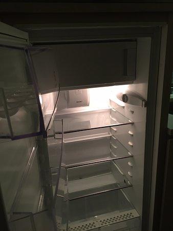 冷凍庫付き冷蔵庫