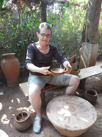 what to do in Luang Prabang? This is might be your answer. Half day pottery tour and Lao traditional food.