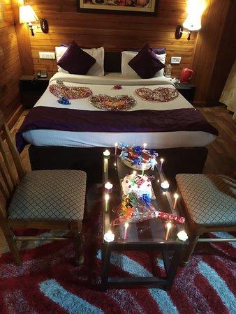 Honey Moon Decor at Mystic Rodhi Resort at Darjeeling