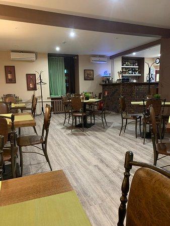 Главный зал кафе