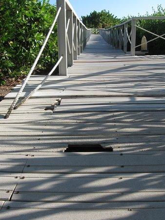 Boardwalk to Playa Las Dunas, much repairs is needed
