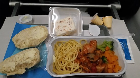SATA - Azores Airlines: meals on Sata were tasty