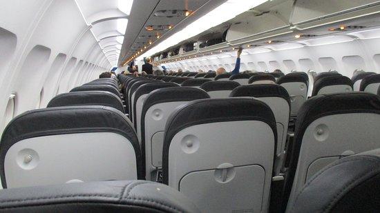 British Airways: Lovely half full outbound flight
