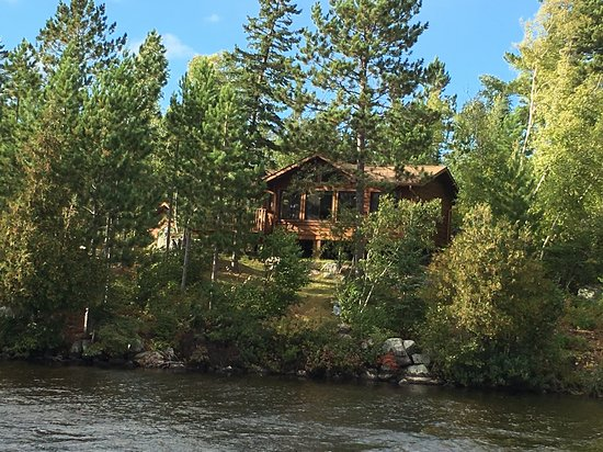 The Point Vacation Home Cabin: one bedroom