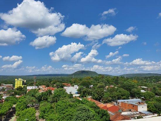 Vista a partir do mirante da Basílica de Caacupé