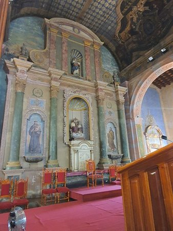 Vista do interior da igreja