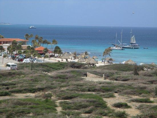 Vista  de la playa Faro California Lighthouse