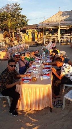 Menikmati Sunset di Cuisine Cafe, Jimbaran.