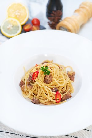 weekend make me do it 🍴 It's a perfect time to try our Oxtail Spaghetti , a well made pasta with mix herbs, garlic and oxtail shredded. Accompanied by your favorite bottle will cheer up your day ✨  For more info and reservation contact please kindly contact us at :  For more info and reservation please contact us at :  Almaluna Bar and Resto Pakuwon Mall G floor. The Terrace 22-23, Surabaya  M: 089 5159 12345 P: 031 739 2027 Facebook: AlmalunaBar Instagram: @almalunabar