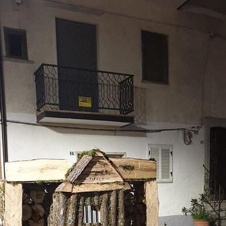 Roseto Valfortore, Italy: Fuochi di Sant' Antonio Abate
