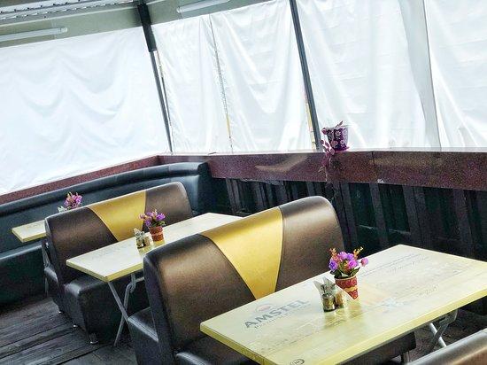 Мамайка, Россия: Летняя терраса в Кафе Уют