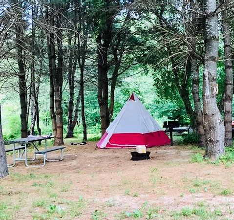 Andover, Мэн: Camp on the Ellis River - fishing (trout), lazy tubing, and kayaking