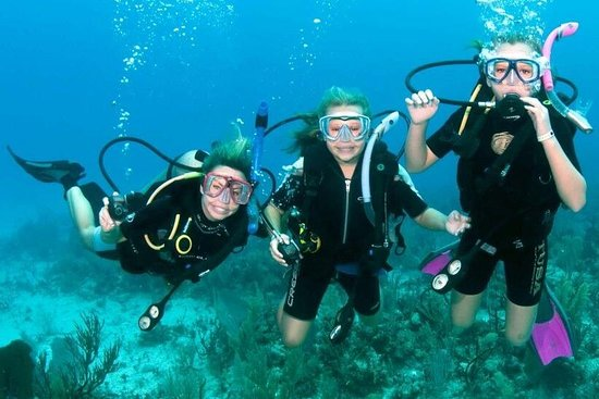 Vesper Diving Center