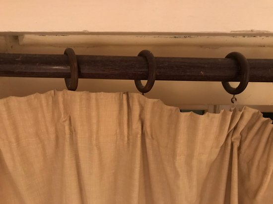 Trebarwith, UK: Curtains