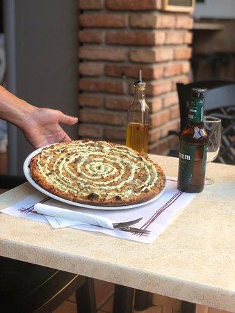 imagen Pizzería Heladería La Loma en Benamocarra
