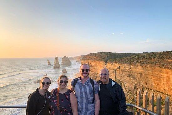 Great Ocean Road & 12 Apostles Sunset ...
