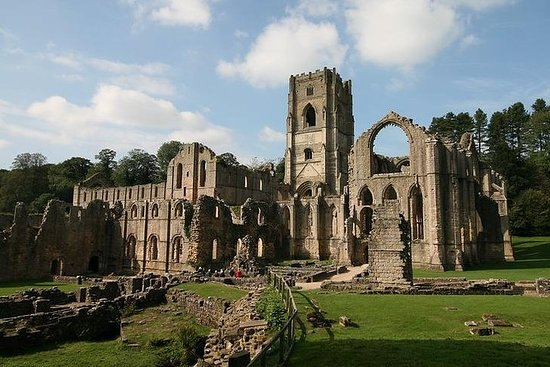 Yorkshire Dales and Fountains Abbey...