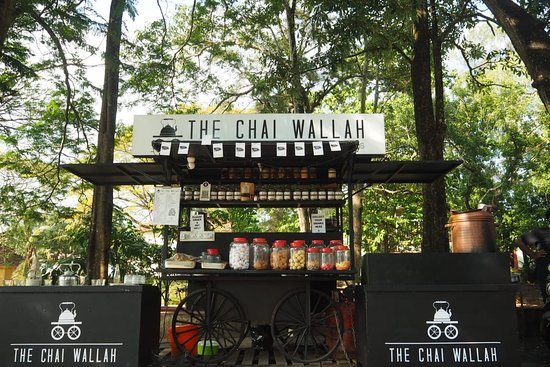 Madurai Tea Stall Serves Chai In Edible Biscuit Cups