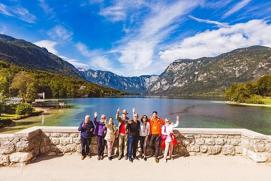 Lakes Bled & Bohinj og Vintgar Gorge dagstur med liten gruppe fra...