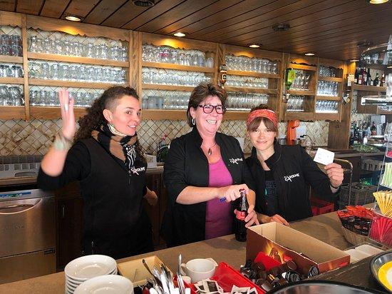 Siviez, Schweiz: L'équipe bar !