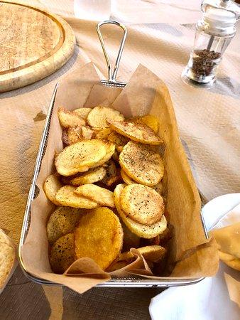 Πατάτες τηγανιτές