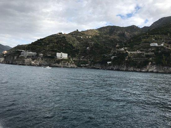 Ακτή Αμάλφι, Ιταλία: Small communities on the slopes