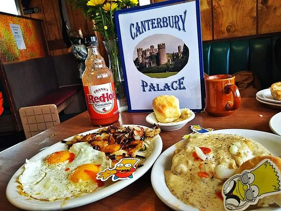 Redford, MI: Country Fried Steak with Biscuits and Gravy