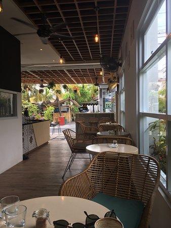 Magcel Cafe