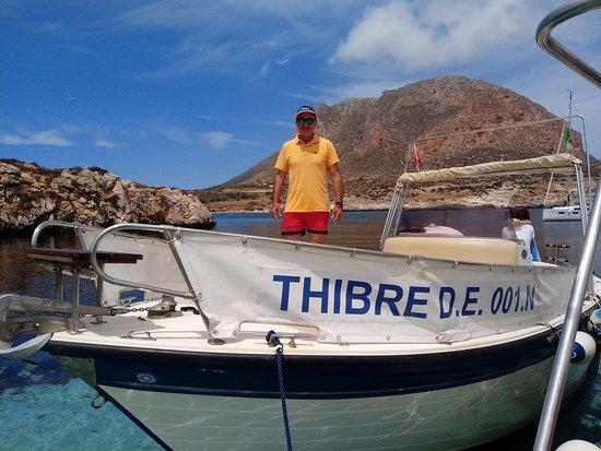 Aegadian Islands, Italija: Organizziamo tour delle Egadi ed escursioni in barca a Favignana, giro dell'isola e bagni indimenticabili