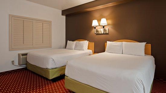 Double queen room
