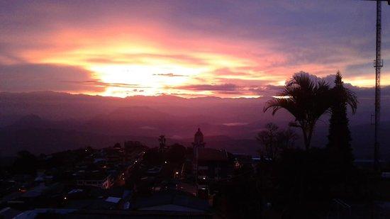 Tamesis, Kolumbien: Atardecer en  Támesis, Antioquia