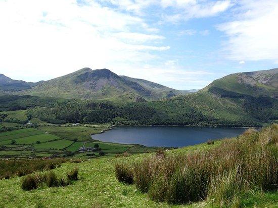 Rhydd Ddu, UK: View of Llyn Cwellyn from Snowdon Ranger Path