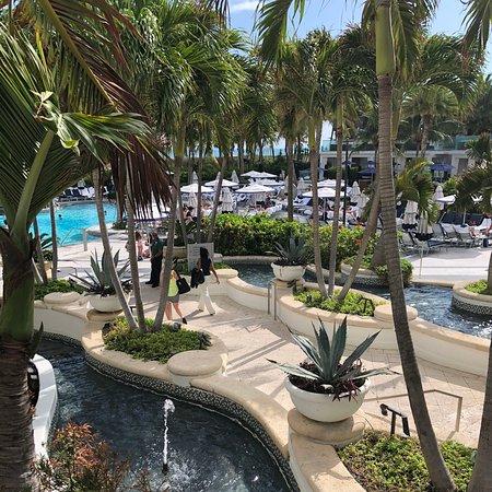 Wonderful view of the beautiful Loews Miami Beach Hotel...