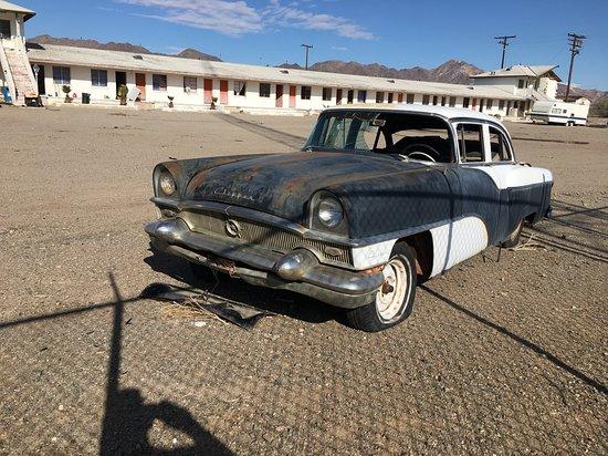 Amboy, CA: Packard Clipper