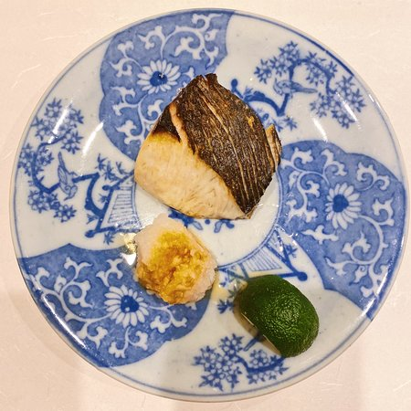 Spanish mackeral with radish and Japanese citrus (7th)