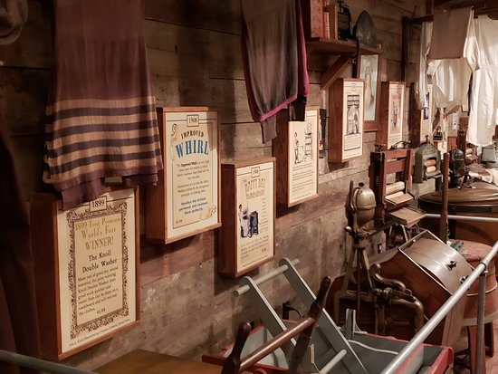 The Oldest Store Museum: A delicious trip to the past. Traveling in time is a delightful experience. Vale a pena visitar o passado.