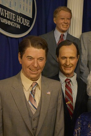 Clermont, FL: Presidents Reagan, Bush(41) and Carter.