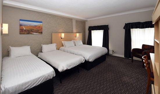 The Wynnstay Arms Hotel